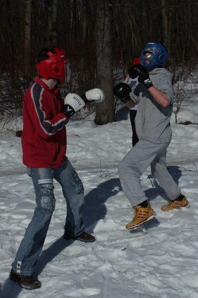 Бесплатные тренировки бойцовского клуба в Москве.